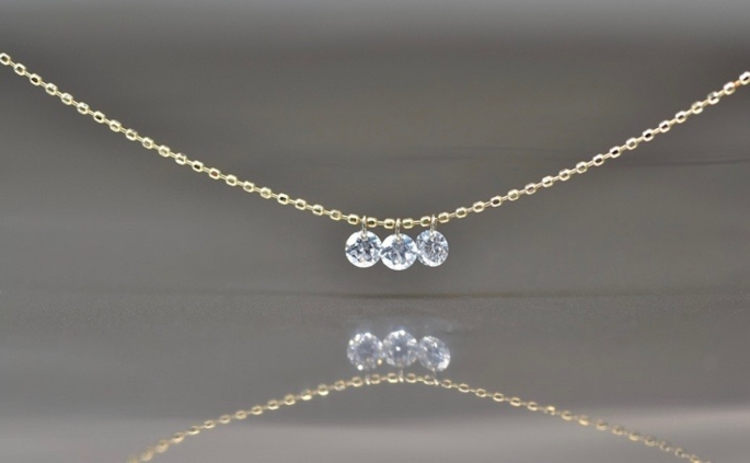round-brilliant-cut-diamond-necklace-1