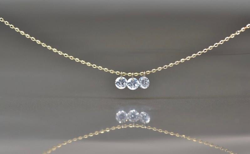round-brilliant-cut-diamond-necklace-1